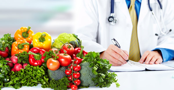 A nutritionist using food as medicine
