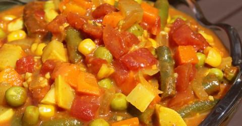Hortalizas de curry con coco