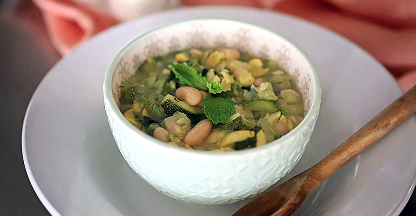 Stewed Zucchini With Basil and Mint