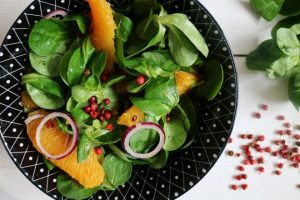 Lamb's Lettuce with Oranges & Pink Peppercorns Salad Recipe