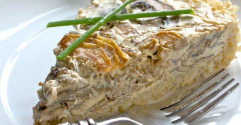 Tarta de hongos y cebolla con corteza de arroz integral