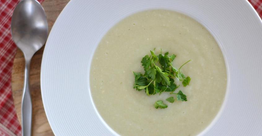 Sopa de puré de coliflor