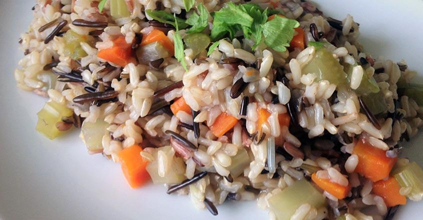 Sencillo pilaf de arroz salvaje