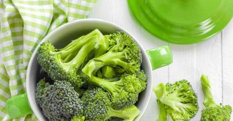 Brócoli con salsa de mostaza