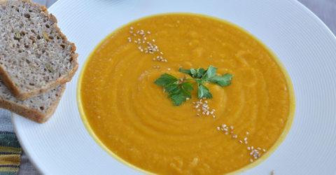 Sopa de puré de zanahoria y batata