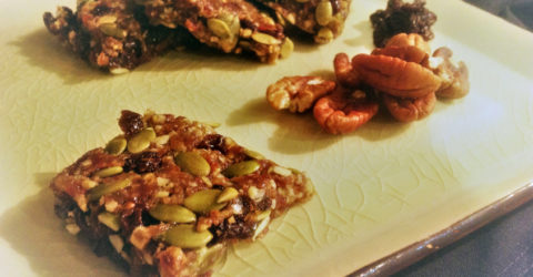 Easy Pumpkin Spice Raw Energy Bars