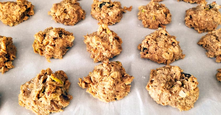 Oatmeal Holiday Cookies