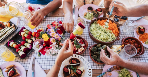 Rewriting Family Traditions: How To Introduce Your Plant-Based Diet