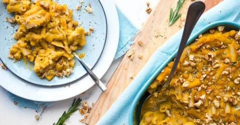 Pasta con calabaza de invierno (butternut) al horno con romero y ajo