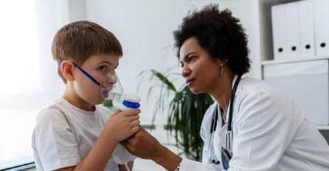 Revisión científica encuentra un fuerte vínculo entre el consumo de lácteos y el asma