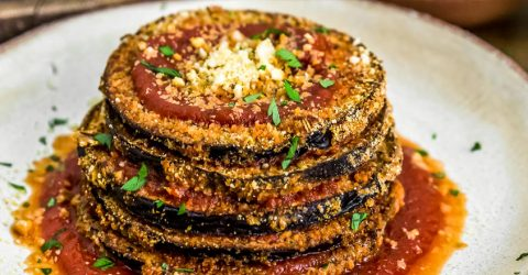 "Berenjena a la ""parmesana"" vegana"
