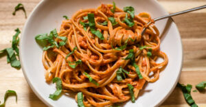 Creamy Tomato and Fresh Basil Pasta Sauce Recipe