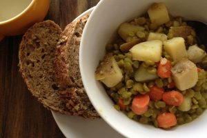 Souper Easy Split Pea Soup Recipe